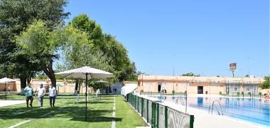 Comienza la temporada de baño 2020 con la apertura de las piscinas municipales con aforo reducido y medidas para garantizar el distanciamiento social