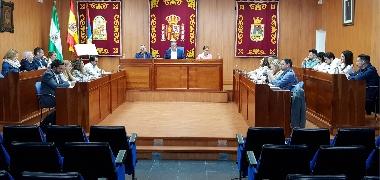La Corporación Municipal de Los Palacios y Villafranca renuncia a las asignaciones económicas de abril de los grupos políticos