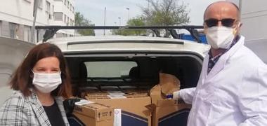 El Ayuntamiento de Los Palacios y Villafranca atiende a las familias necesitadas de la localidad también de forma telemática por el estado de alarma