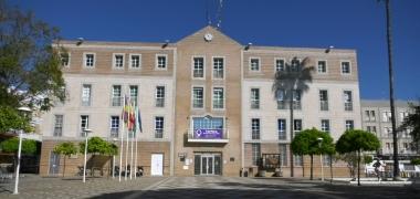 El Ayuntamiento de Los Palacios y Villafranca seguirá validando la obtención del certificado digital mediante videollamada