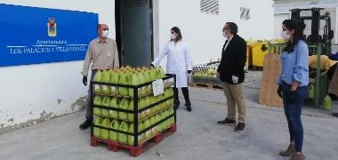 El Ayuntamiento repartirá esta semana unos 20.000 kilos de alimentos mientras continúan las donaciones de empresas y entidades palaciegas